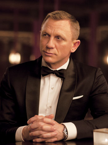 Skyfall PR Daniel Craig at Table - P 2012