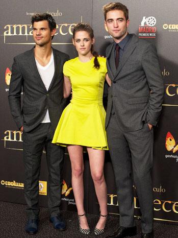 Breaking Dawn Part 2 Premiere Madrid Lautner Pattinson Stewart - P 2012