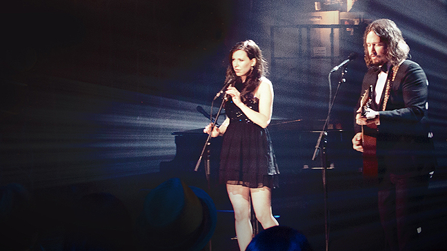 Civil Wars Unplugged image L