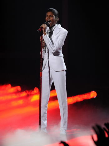 Diamond White xfactor week2 perf P