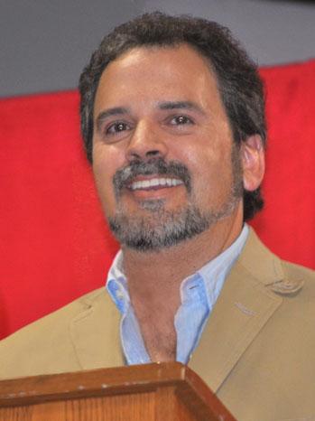 Dick Roberts Headshot - P 2012