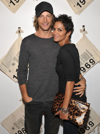Halle Berry and Gabriel Aubry P 2009