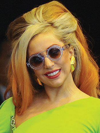 2012-41 FEA Beauty Lady Gaga P