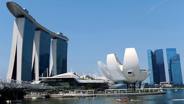 HOT SPOT: Marina Bay Sands Hotel