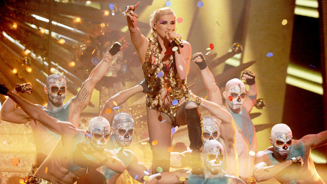 AMA Kesha Performance - H 2012