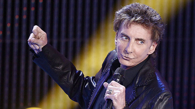 2012-41 TOWN Barry Manilow H
