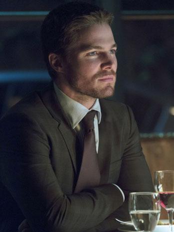 Stephen Amell Arrow Episode 107 - P 2012