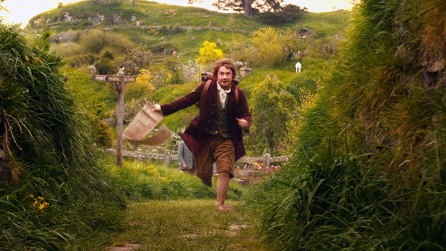 The Hobbit: An Unexpected Journey Bilbo Running in Field - H 2012