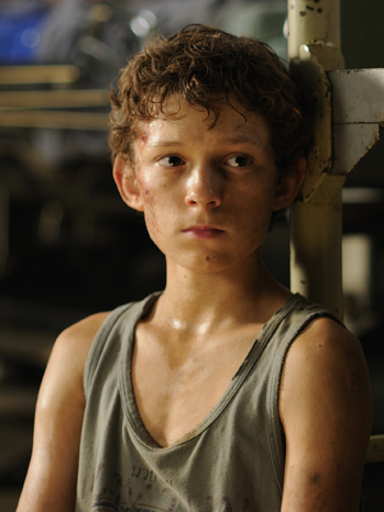 Tom Holland- The Impossible - P 2012