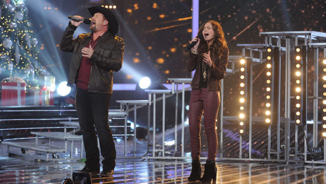 Tate Stevens Carly Rose Sonenclar X Factor Finale - H 2012