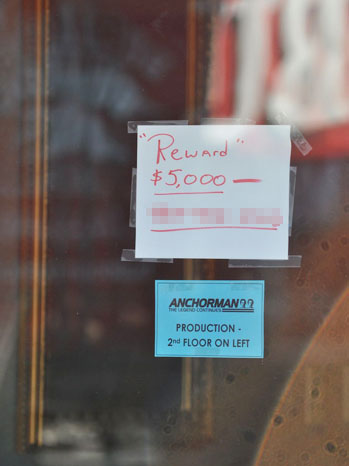 Anchorman Stolen Wire Reward Sign Blurred - P 2013