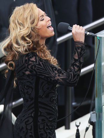 Beyonce Performing at Inaguration - P 2013