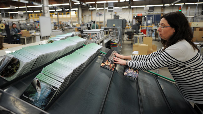 DVD Packing Factory - H 2012