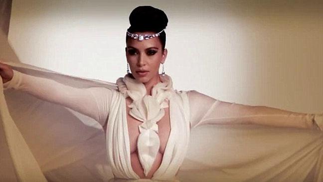 Kim Kardashian Hia Covershoot BTS 2- H 2013