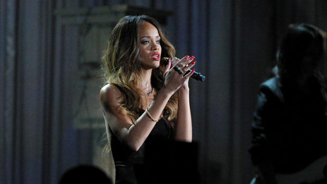 Rihanna Croons 'Stay'