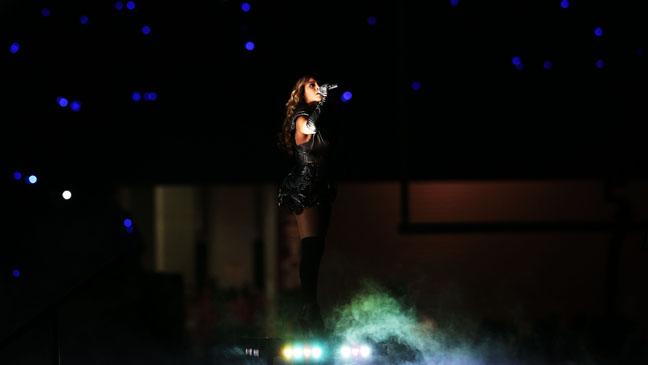 Beyonce Super Bowl Halftime Show - H 2013