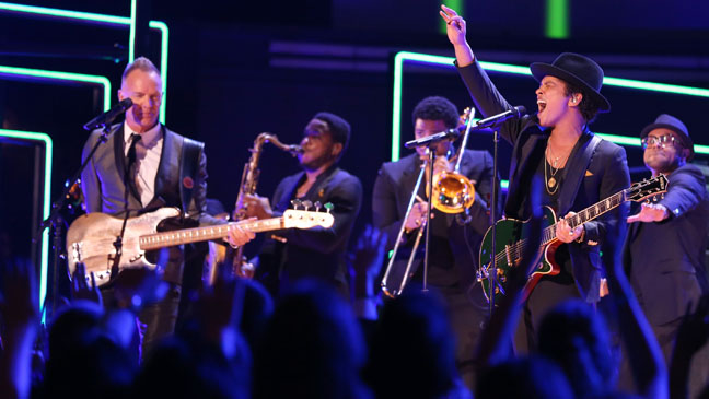 Bruno Mars Grammys Performance - H 2013