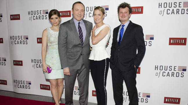 House of Cards Premiere Mara Spacey Willimon Wright - H 2013