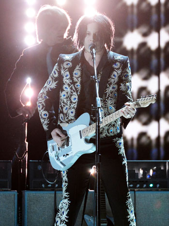 Jack White Performing Grammys - P 2013