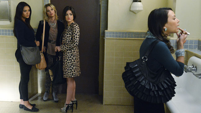 Pretty Little Liars Out of Sight, Out of Mind - H 2013