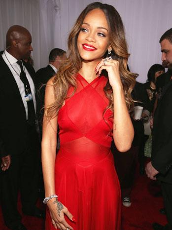 Rihanna Grammy's Backstage - P 2013