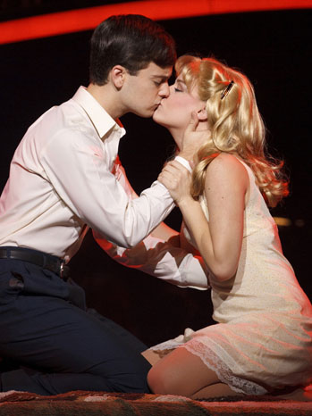 Catch Me If You Can Theater Review - P 2013