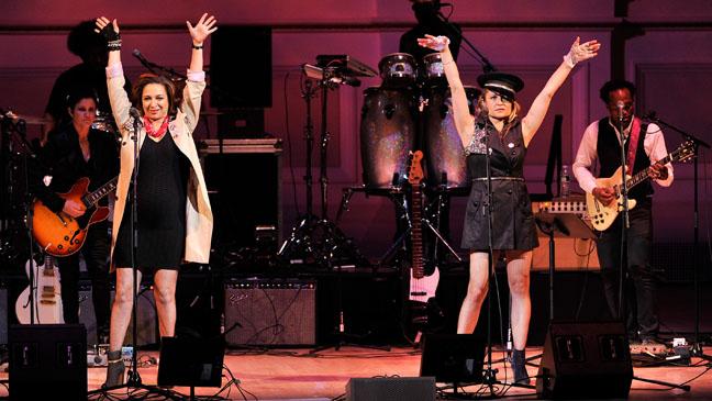 Maya Rudolph Gretchen Lieberum The Music of Prince - H 2013