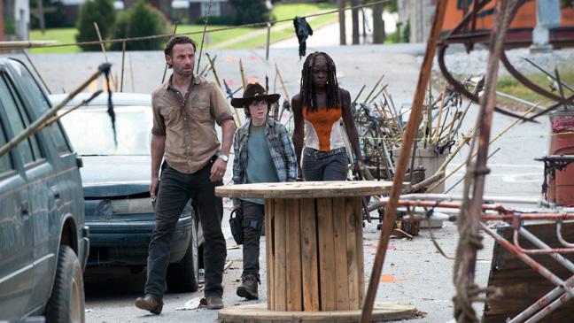 The Walking Dead 311 Episodic Rick Michonne Carl - H 2013