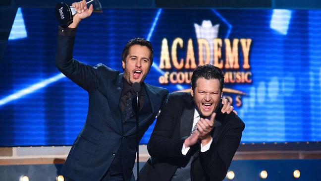 ACM Awards Blake Shelton Luke Perry - H 2013