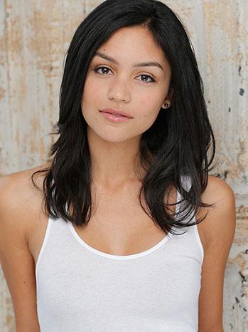 Bianca Santos Portrait - P 2013