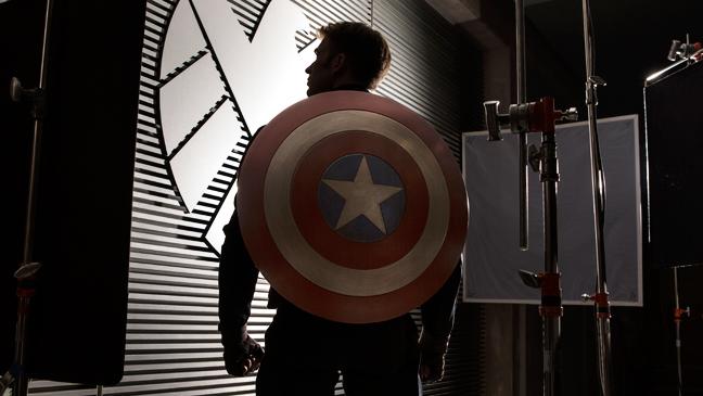 Captain America Sequal Press Image Shield - H 2013