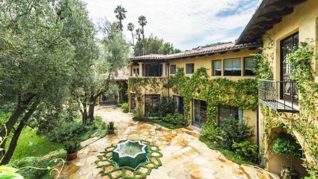 Christina Aguilera Beverly Hills estate - H 2013