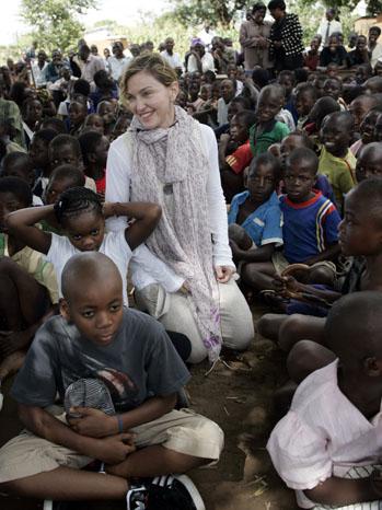 Madonna in Malawi - P 2013