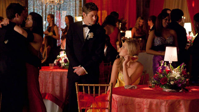 Vampire Diaries Pictures of You Table - H 2013