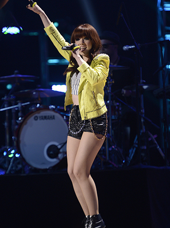 Carly Rae Jepsen Idol finale 2013 P