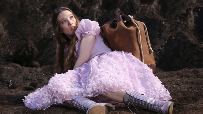 Once Upon a Time in Wonderland Episodic - H 2013