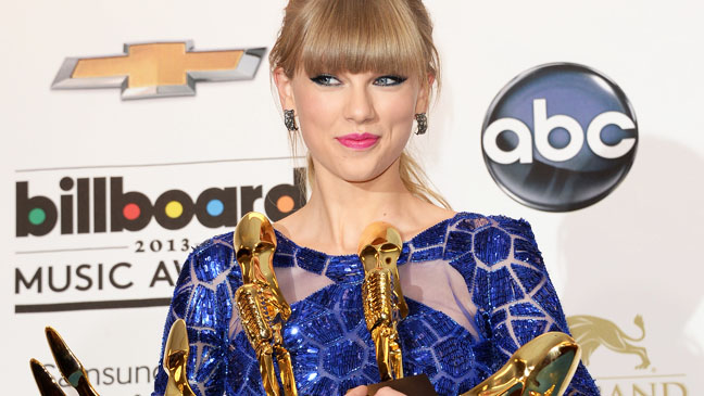 Taylor Swift Billboard Music Awards - H 2013