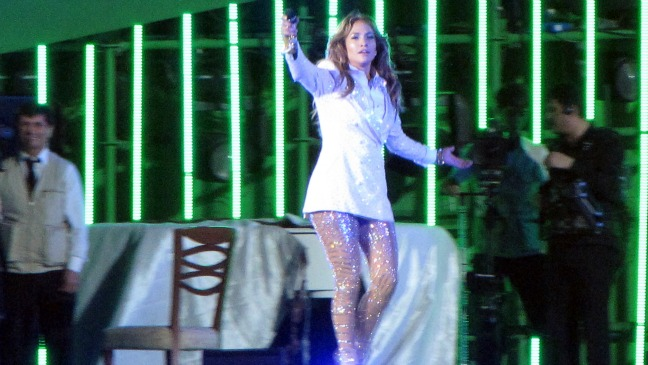 Jennifer Lopez Turkmenistan - H 2013