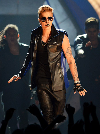 Justin Bieber Billboard Music Awards - P 2013