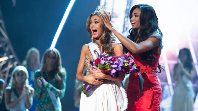 Miss USA Winner Getting Crowned 2013 - H 2013