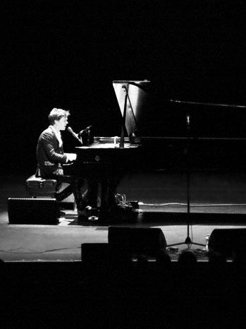 Rufus Wainwright Performing Valley Performing Arts Center - P 2013
