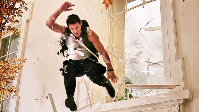 White House Down Tatum Jumping out of Window - H 2013