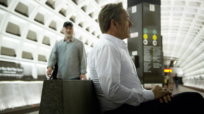 House of Cards Episodic Spacey in Terminal - H 2013