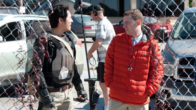 The Walking Dead Scott Gimple Steven Yeun on Set - H 2013