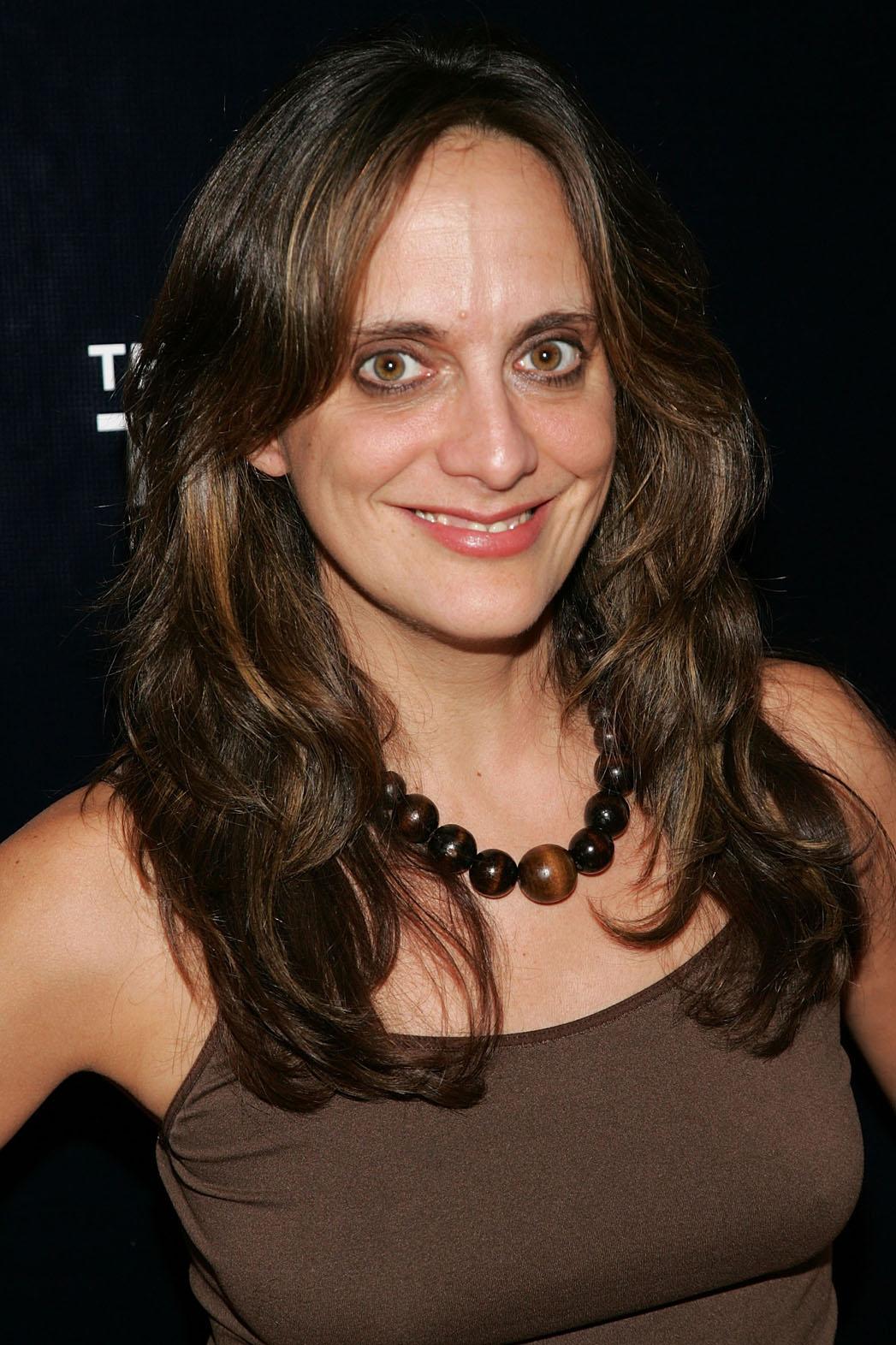 Liz Tuccillo Headshot - P 2013