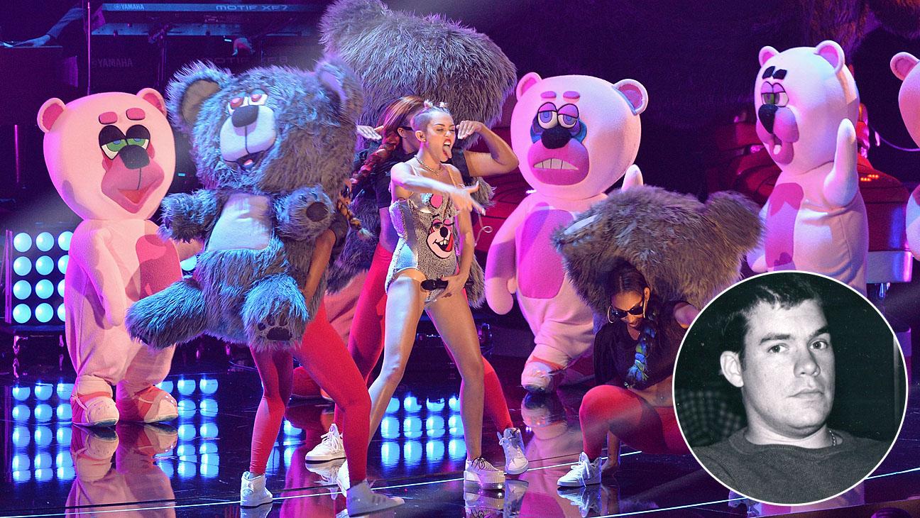 Miley Cyrus Dancing Bears Todd James - H 2013
