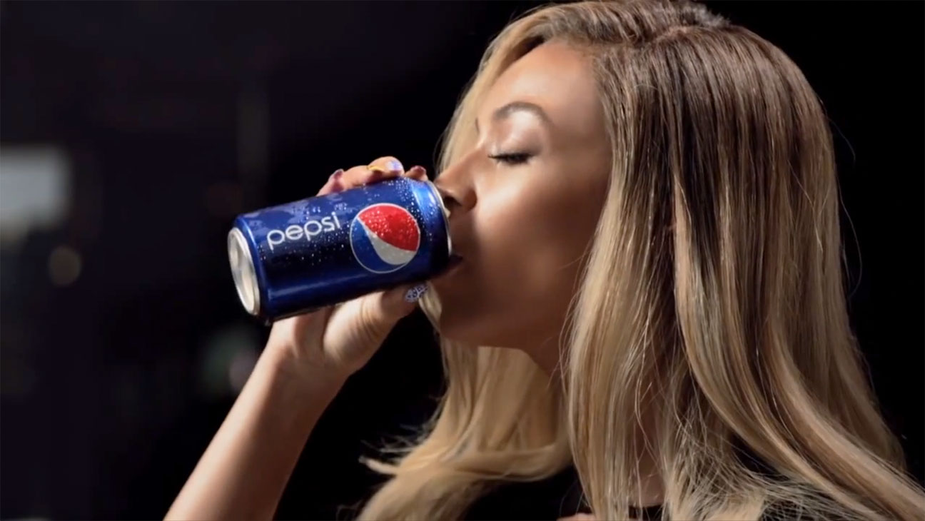 Issue 32 Beyonce Pepsi - H 2013