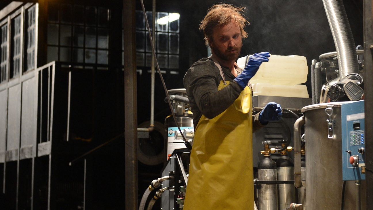 Breaking Bad Series Finale Aaron Paul in Lab - H 2013