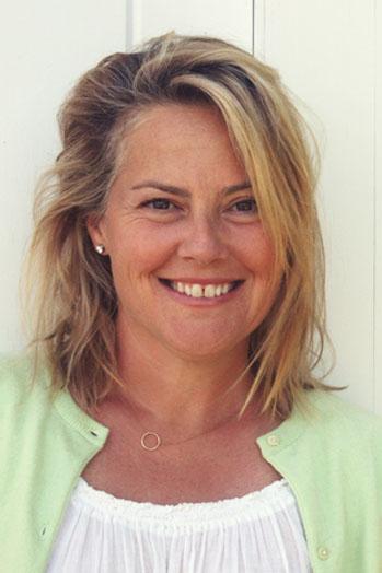 Jenny Bicks Headshot - P 2013
