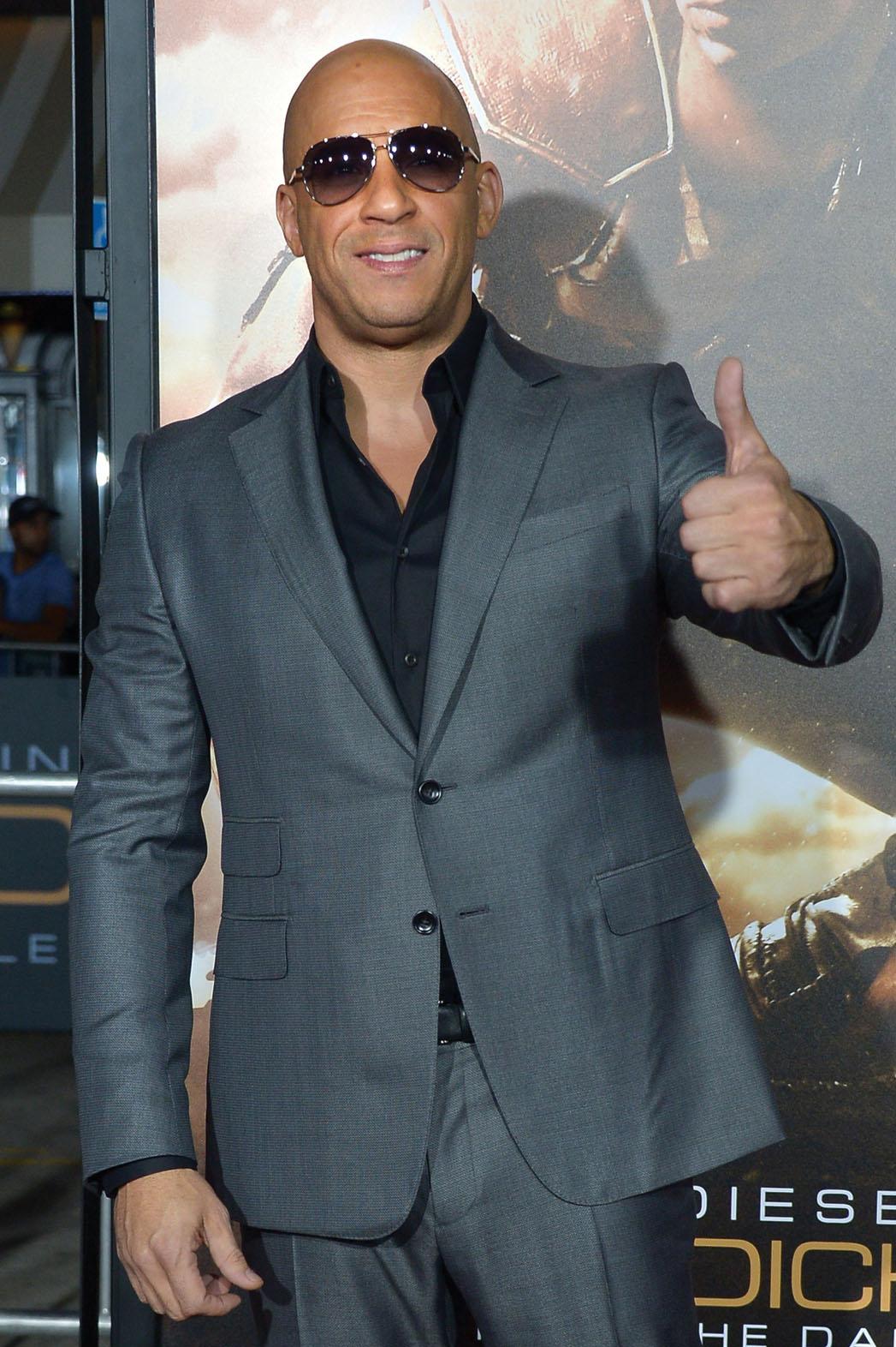 Vin Diesel Thumbs Up - P 2013